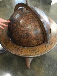 Crafters globe shut