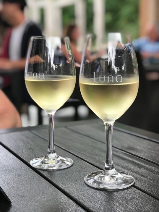 Luna wines.jpg
